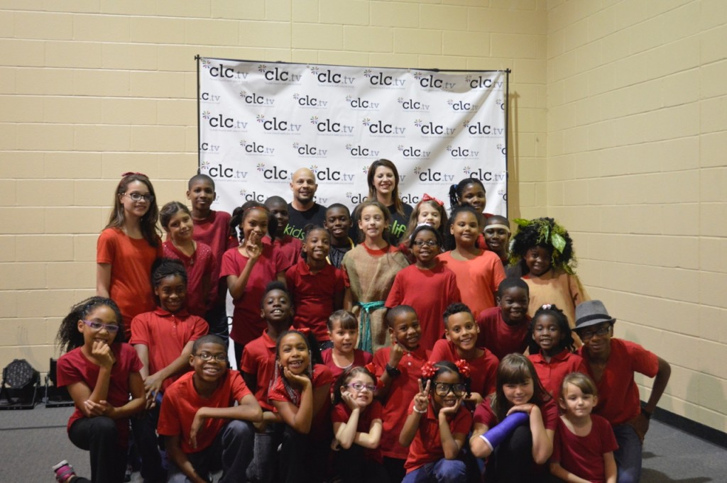 in between services, the whole cast gathered for a group shot - KUDOS to Marque Couser & Heather Moran for all their help, along with ALL our KidsLife team!