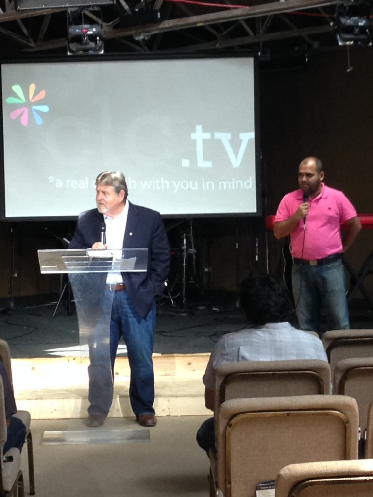 How cool it was to have long-time partner, David Hatley from Kenya visit all 3 of our Chicagoland campuses today.  Here he's greeting the Spanish service in Blue Island as Jorge Arevalo translates.