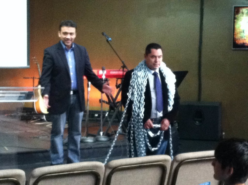In Blue Island, Pastor William preached that you don't have to carry your chains home; Jesus will take them from you! (thanks to Francisco Simental)