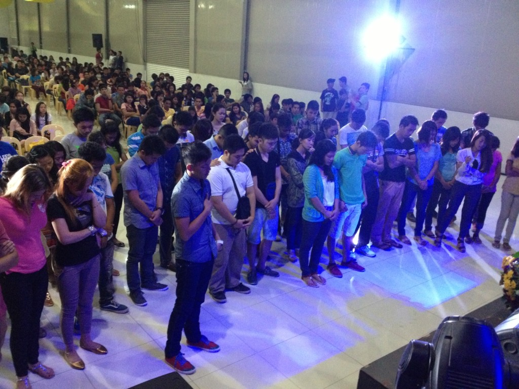 After a powerful time of worship & the Word, more than 30 people came to receive Jesus at our Davao, Philippines campus today!