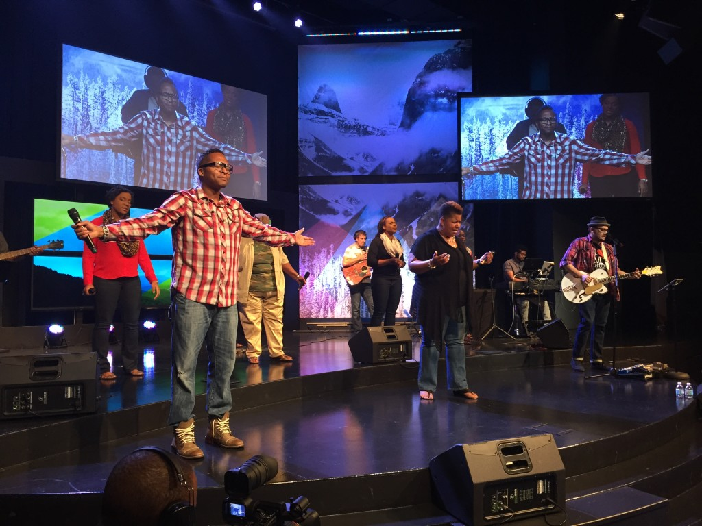 I can't say enough about the Servants of Praise - worship leaders from all 3 CLC campuses led us into the Presence & we lingered there last night!