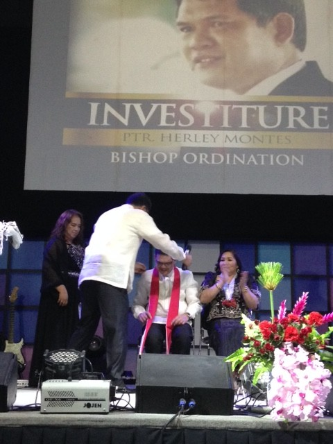 Pastors Lathur & Leah Badoy presented Bishop Herley with the Bishop's stole, which speaks of servant leadership.