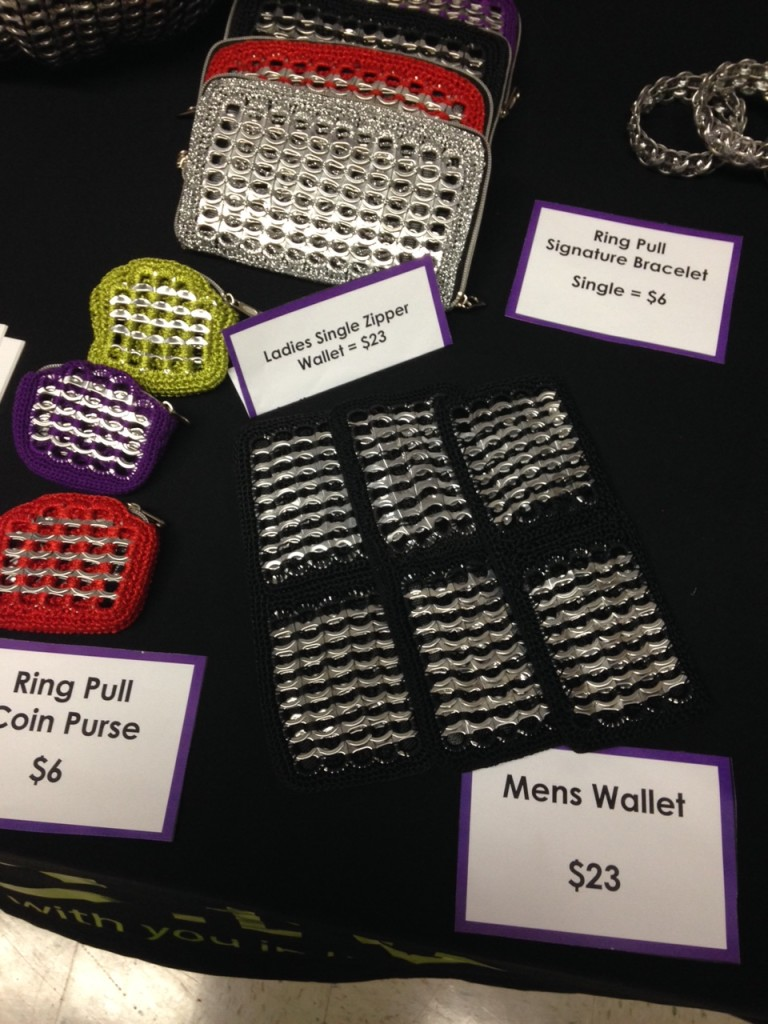 Men's wallets & ladies purses, made from those same soda can tabs!
