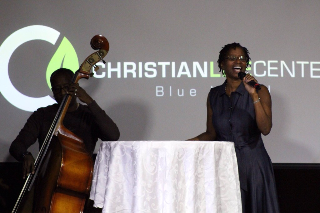 For this 'Mate-enance' series at Blue Island, Eric & Liane Williams provided some 'married music'!