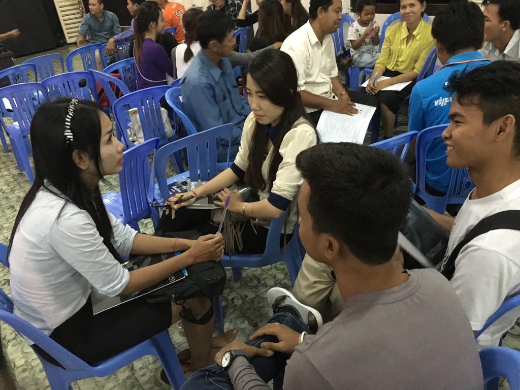 And the Cambodians enjoyed every opportunity for group discussion to APPLY what they were learning