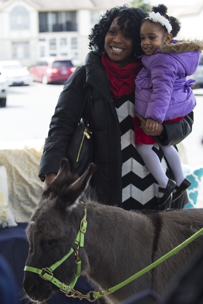 But it was no problem, because the Donkey was a BIG hit with both little people & big people alike!