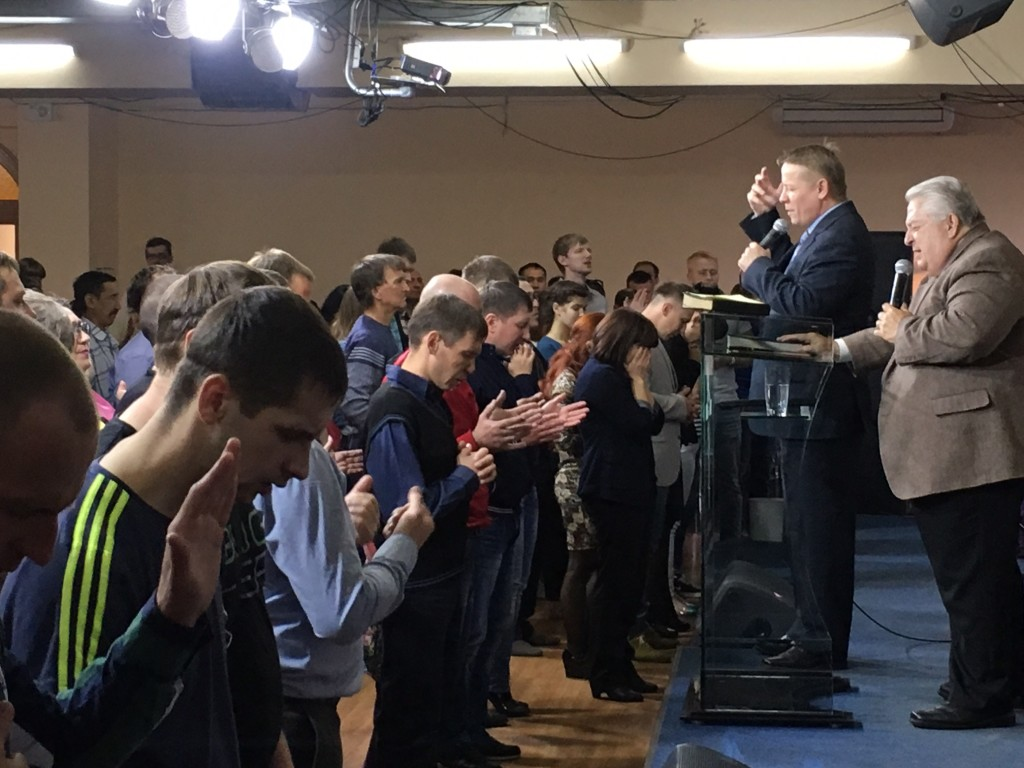 These Siberian pastors & leaders flooded the altar to offer themselves to the Lord afterwards.