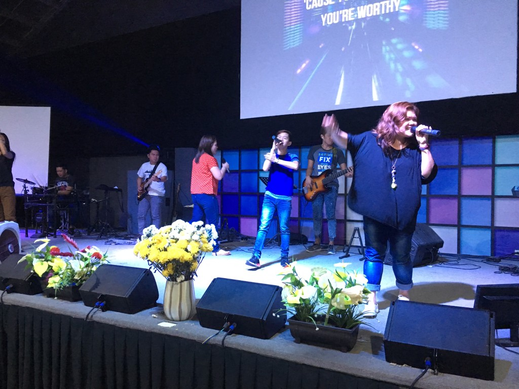 Tonight wasn't sleepy, though - with powerful worship from this Davao team we love!