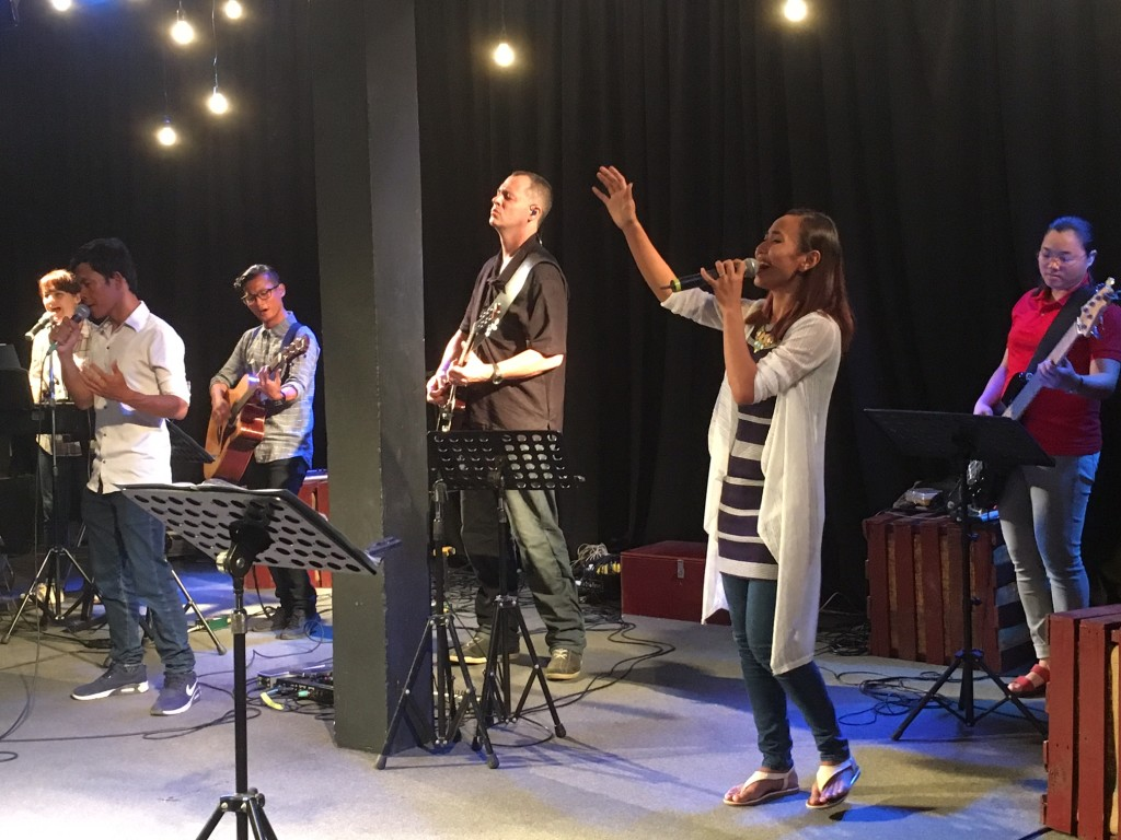 Tonight was the 4th worship experience we've had at New Life Fellowship on this trip, and each time it's been a different 5-piece band and different singers leading - and each has been amazing!  Such depth of talent & anointing here!