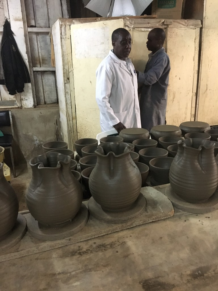 Using Kenyan clay for everything, they produce pottery of various shapes & sizes...