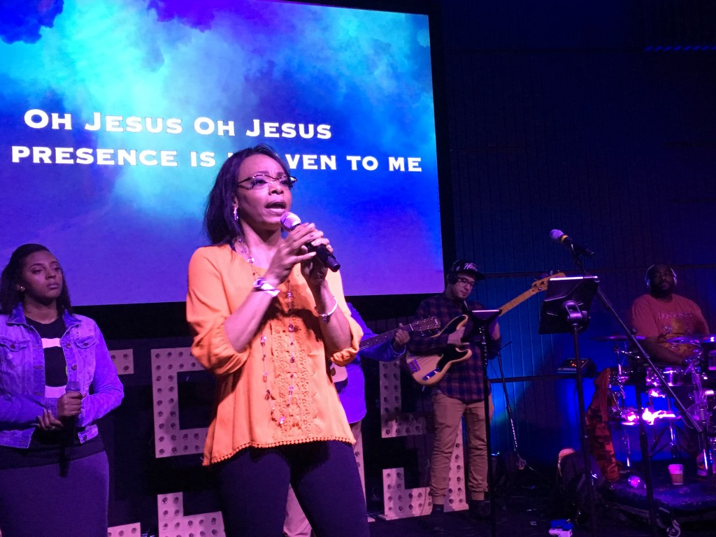 Dorothy Caldwell shared a 'word' from the Lord during the worship transition.