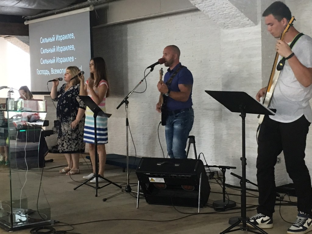 The 5pm service featured an entirely different praise team, and they were just as talented as the first!