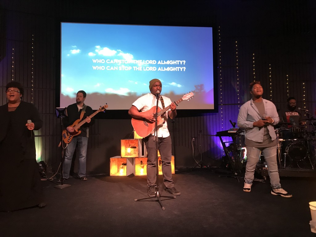 I was in Hammond today and worship was HOT!  Kudos, Tommie Billups & team!