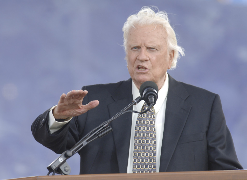 The Rev. Billy Graham speaks on stage at his farewell American revival meeting in Flushing Meadows Corona Park in New York Sunday, June 26, 2005. (AP Photo/Henny Ray Abrams) ORG XMIT: NYGB105
